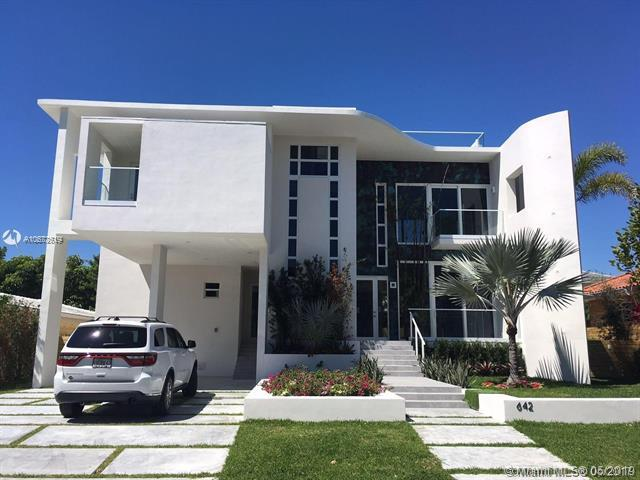 642 Hampton Ln, Key Biscayne, FL 33149 (MLS #A10672619) :: Green Realty Properties