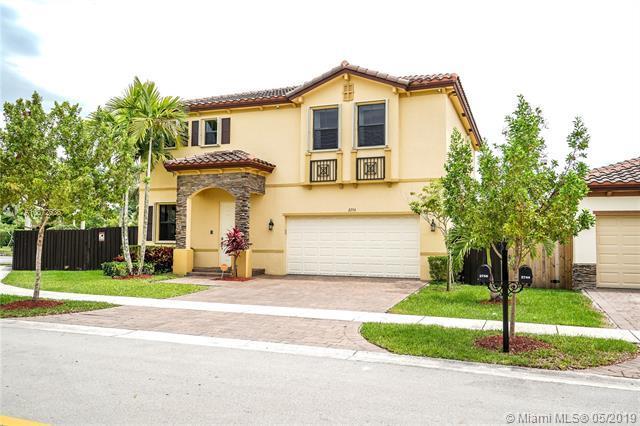 2756 Ne 2nd  Drive, Miami, FL 33033 (MLS #A10672636) :: The Riley Smith Group