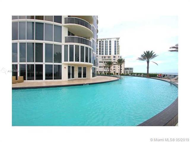 17201 Collins Ave #1007, Sunny Isles Beach, FL 33160 (MLS #A10672829) :: Ray De Leon with One Sotheby's International Realty