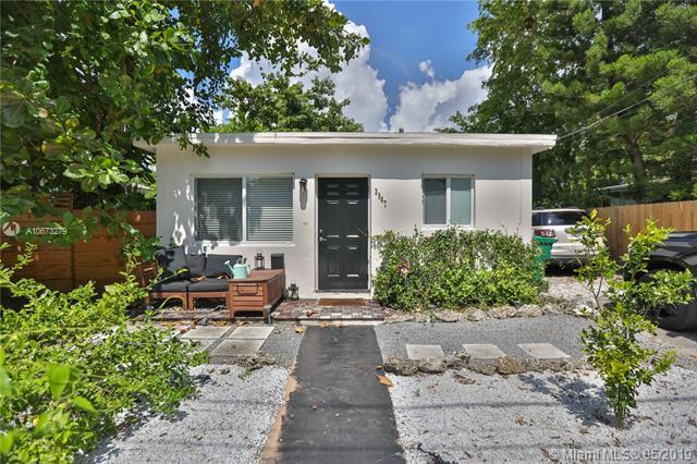 Miami, FL 33133 :: Prestige Realty Group