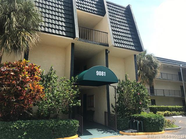 9081 Lime Bay Blvd #301, Tamarac, FL 33321 (MLS #A10673625) :: Green Realty Properties