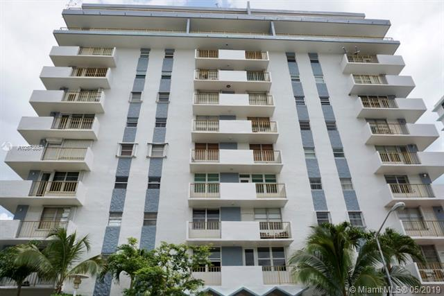 245 18th St #301, Miami Beach, FL 33139 (MLS #A10673657) :: Ray De Leon with One Sotheby's International Realty