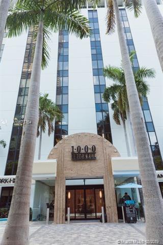 1000 Brickell Ave 6E, Miami, FL 33131 (MLS #A10673764) :: Prestige Realty Group