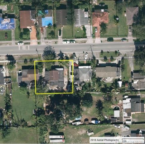 1830 NW 111th St, Miami, FL 33167 (MLS #A10673798) :: Grove Properties