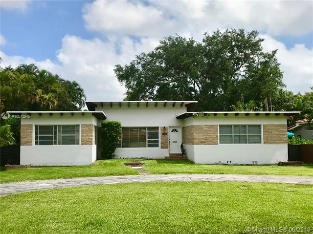 1135 NE 99 Street, Miami Shores, FL 33138 (MLS #A10673846) :: The Teri Arbogast Team at Keller Williams Partners SW