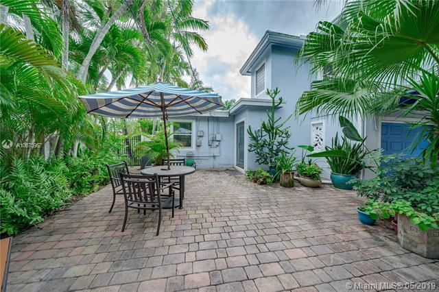 1501 Harrison St, Hollywood, FL 33020 (MLS #A10673967) :: Grove Properties