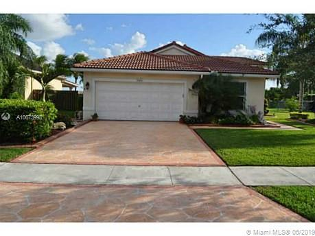19466 NW 24th Pl, Pembroke Pines, FL 33029 (MLS #A10673993) :: The Teri Arbogast Team at Keller Williams Partners SW