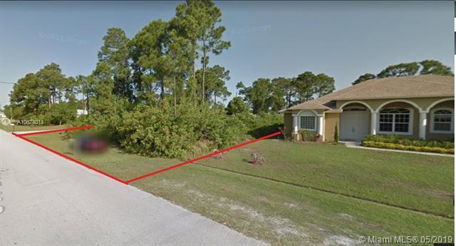 1721 SW Dreyfuss Blvd, Port Saint Lucie, FL 34953 (MLS #A10674014) :: The Riley Smith Group