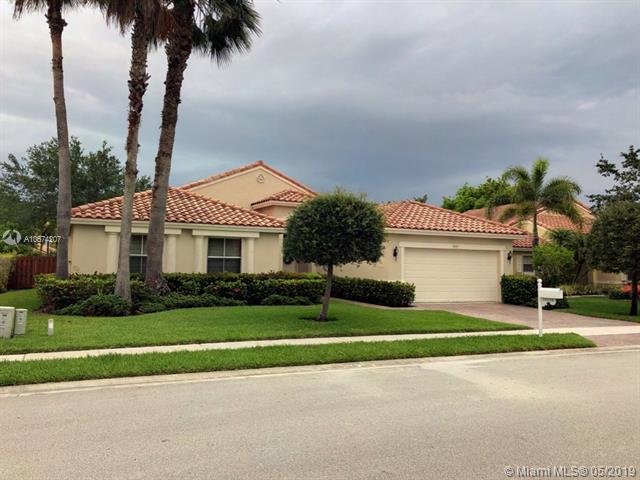 19135 SW 15th St, Pembroke Pines, FL 33029 (MLS #A10674207) :: The Teri Arbogast Team at Keller Williams Partners SW