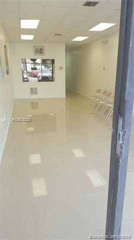 2061 NE 163rd St, North Miami Beach, FL 33162 (MLS #A10674235) :: The Riley Smith Group