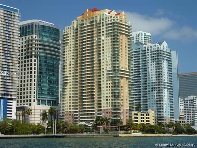 1155 Brickell Bay Dr #2707, Miami, FL 33131 (MLS #A10674527) :: EWM Realty International