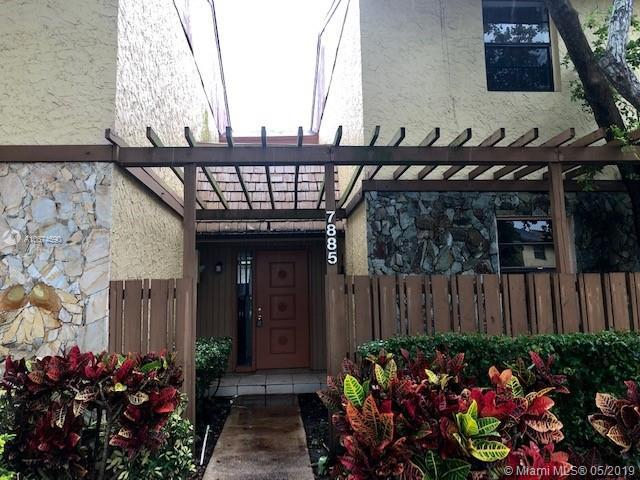 7885 NW 11th Pl #7885, Plantation, FL 33322 (MLS #A10674590) :: RE/MAX Presidential Real Estate Group