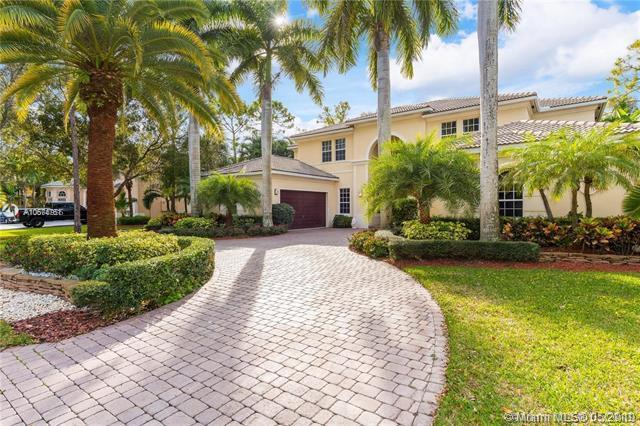 6005 Pinewood Ave, Parkland, FL 33067 (MLS #A10674761) :: The Paiz Group
