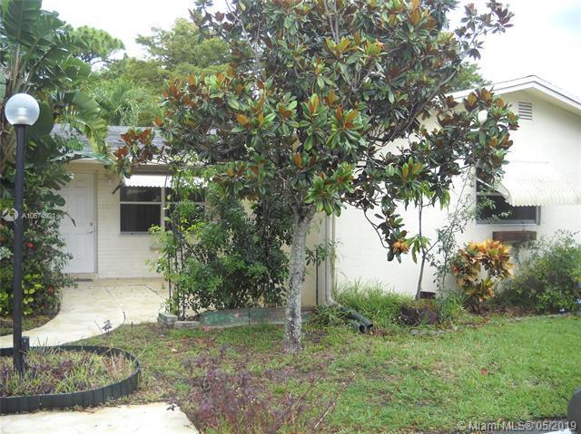 3123 SW Natura Ave, Deerfield Beach, FL 33441 (MLS #A10674921) :: Green Realty Properties