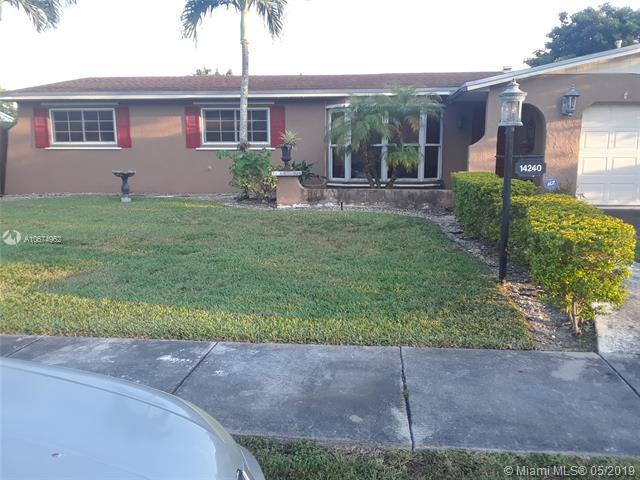 14240 SW 73rd St, Miami, FL 33183 (MLS #A10674962) :: Green Realty Properties