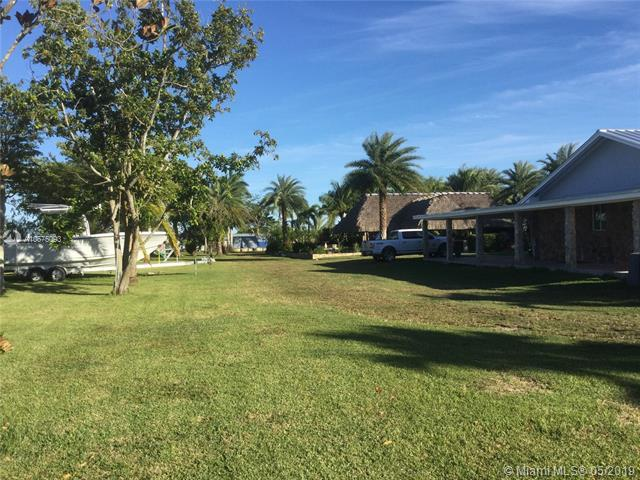 16544 SW 228th St, Goulds, FL 33170 (MLS #A10675093) :: Green Realty Properties