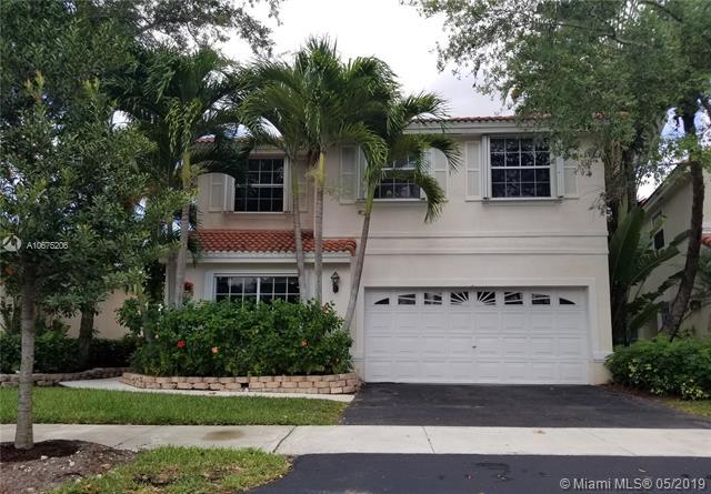 913 Garnet Cir, Weston, FL 33326 (MLS #A10675206) :: The Paiz Group