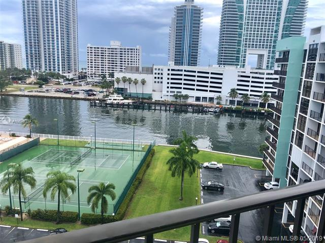 400 Leslie Dr #1004, Hallandale, FL 33009 (MLS #A10675334) :: Berkshire Hathaway HomeServices EWM Realty