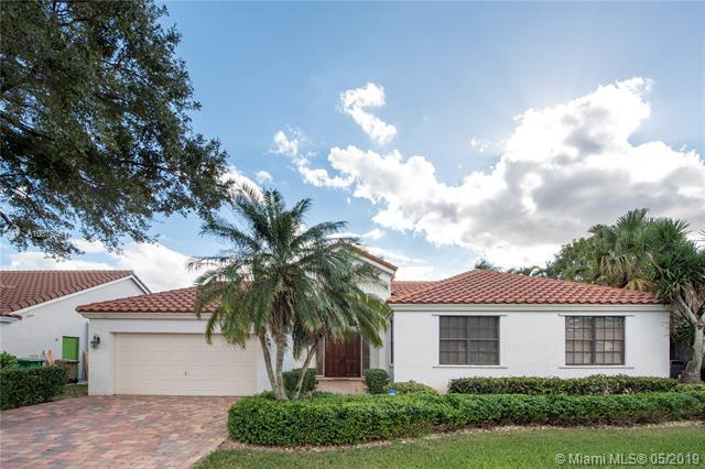 9262 Southern Orchard Rd N, Davie, FL 33328 (MLS #A10675481) :: The Brickell Scoop