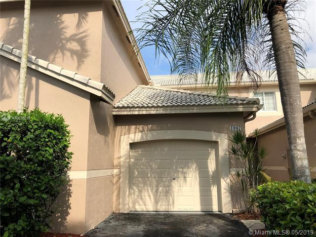 1997 Pompeii Ct, Weston, FL 33327 (MLS #A10675518) :: The Paiz Group