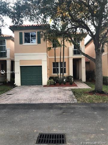 8332 NW 144th St, Miami Lakes, FL 33016 (MLS #A10675578) :: EWM Realty International
