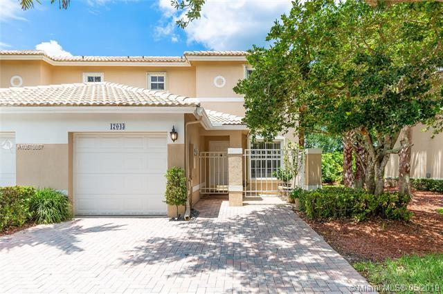 17043 NW 23rd St, Pembroke Pines, FL 33028 (MLS #A10675657) :: The Teri Arbogast Team at Keller Williams Partners SW