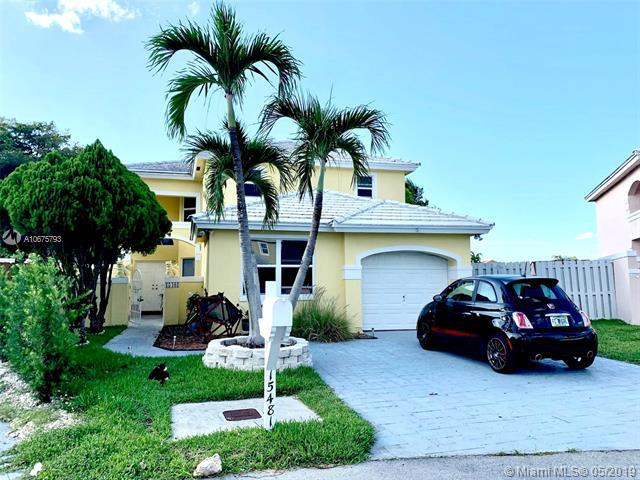 15481 SW 47th Ter, Miami, FL 33185 (MLS #A10675793) :: Prestige Realty Group