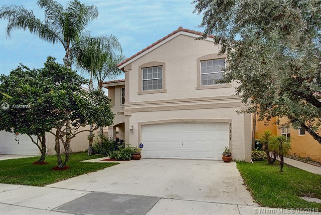 15121 SW 46th St, Miramar, FL 33027 (MLS #A10675936) :: Castelli Real Estate Services
