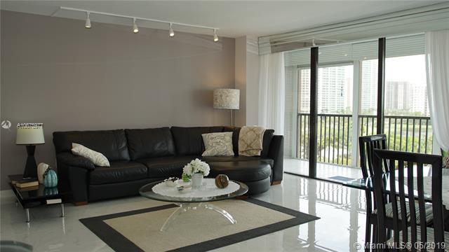 3701 N Country Club Dr #807, Aventura, FL 33180 (MLS #A10675977) :: Berkshire Hathaway HomeServices EWM Realty