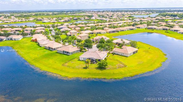 3710 Greencrest Ct, Other City - In The State Of Florida, FL 34746 (MLS #A10676038) :: Lucido Global