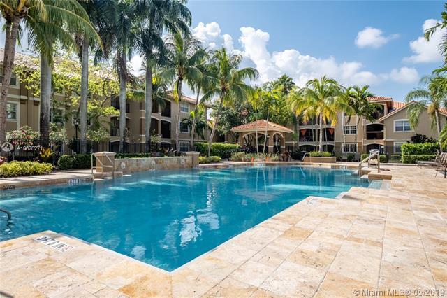 230 SW 117th Ter #11108, Pembroke Pines, FL 33025 (MLS #A10676271) :: Grove Properties