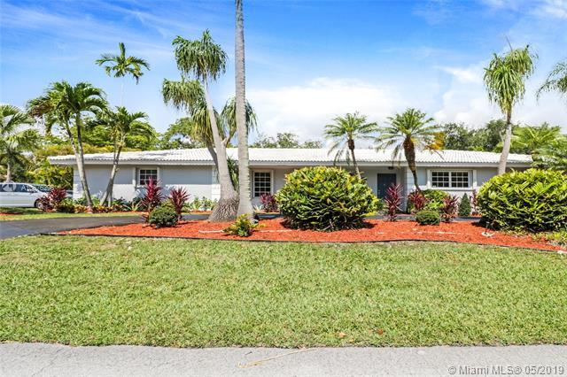 15480 SW 80th Ave, Palmetto Bay, FL 33157 (MLS #A10676296) :: Castelli Real Estate Services