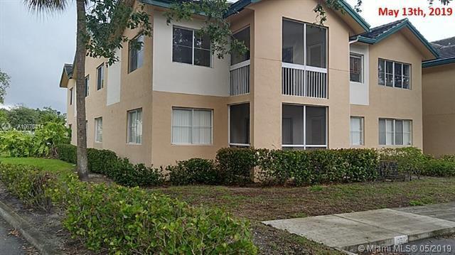 Coral Springs, FL 33076 :: The Teri Arbogast Team at Keller Williams Partners SW