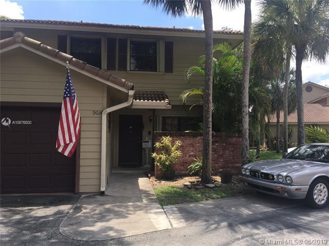 9014 Vineyard Lake Dr #9014, Plantation, FL 33324 (MLS #A10676500) :: Green Realty Properties