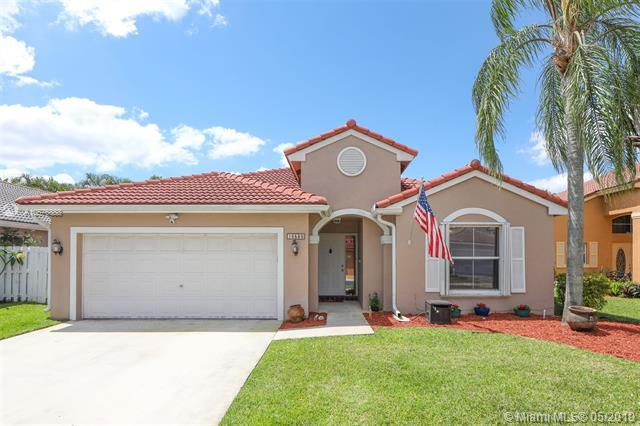 16580 NW 5th Ct, Pembroke Pines, FL 33028 (MLS #A10676888) :: RE/MAX Presidential Real Estate Group