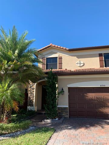 8750 NW 99th Pl, Doral, FL 33178 (MLS #A10676921) :: GK Realty Group LLC