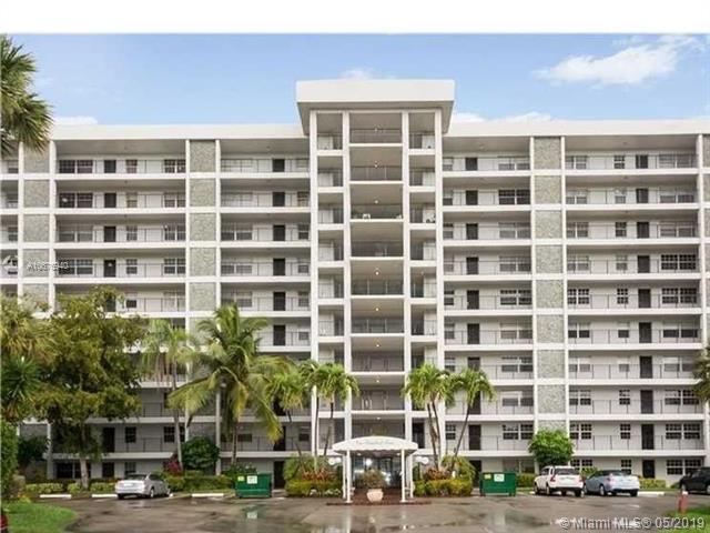 4015 W Palm Aire Dr #608, Pompano Beach, FL 33069 (MLS #A10676940) :: The Riley Smith Group