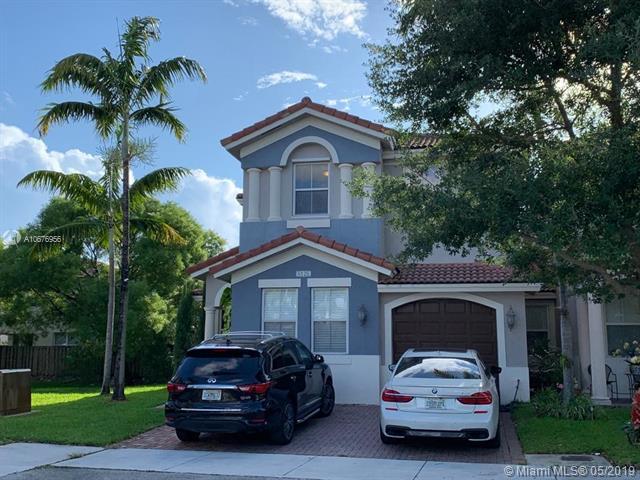 8128 NW 114TH PSGE #0, Doral, FL 33178 (MLS #A10676956) :: EWM Realty International