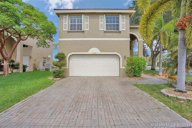 2866 W Sable Cir, Margate, FL 33063 (MLS #A10676963) :: RE/MAX Presidential Real Estate Group
