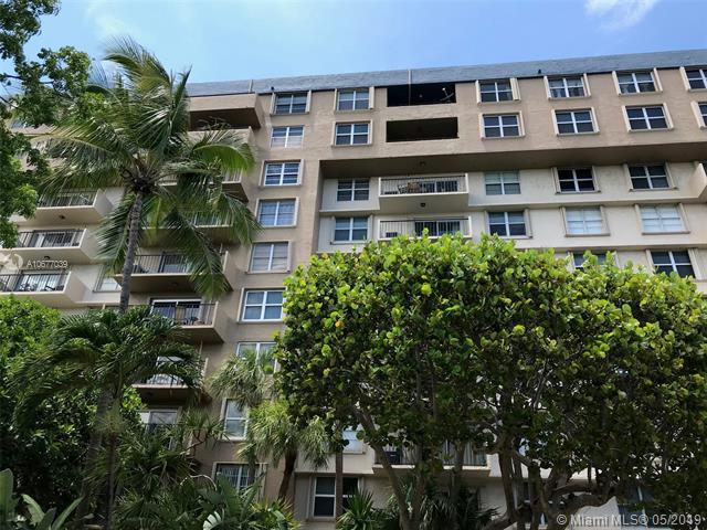 1625 SE 10th Ave #301, Fort Lauderdale, FL 33316 (MLS #A10677039) :: The Brickell Scoop
