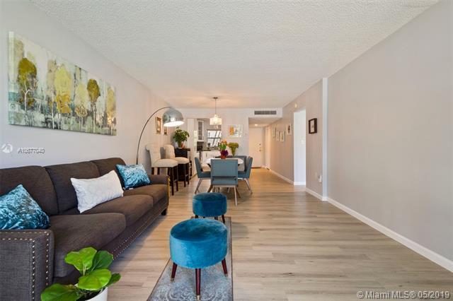 9440 Tangerine Place #202, Davie, FL 33324 (MLS #A10677040) :: Green Realty Properties