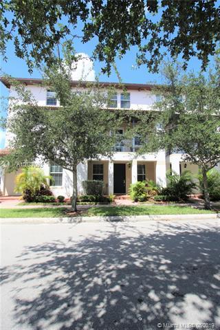 2658 SW 118th Rd, Miramar, FL 33025 (MLS #A10677093) :: Castelli Real Estate Services