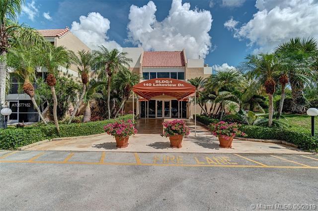 140 Lakeview Dr. #209, Weston, FL 33326 (MLS #A10677182) :: Green Realty Properties