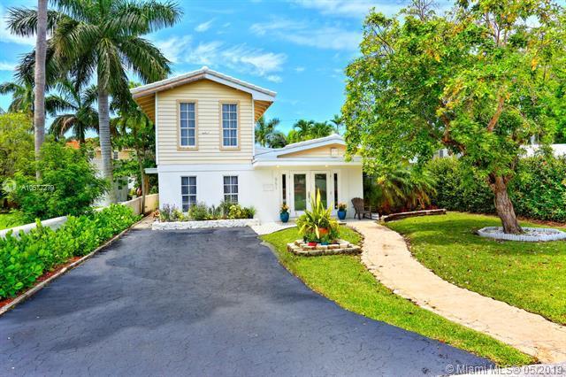 951 Buchanan St, Hollywood, FL 33019 (MLS #A10677279) :: The Riley Smith Group
