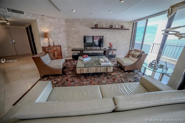 1581 Brickell Ave #2005, Miami, FL 33129 (MLS #A10677381) :: The Jack Coden Group