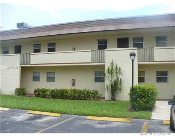 5535 N Lakewood Cir N #314, Margate, FL 33063 (MLS #A10677492) :: The Brickell Scoop