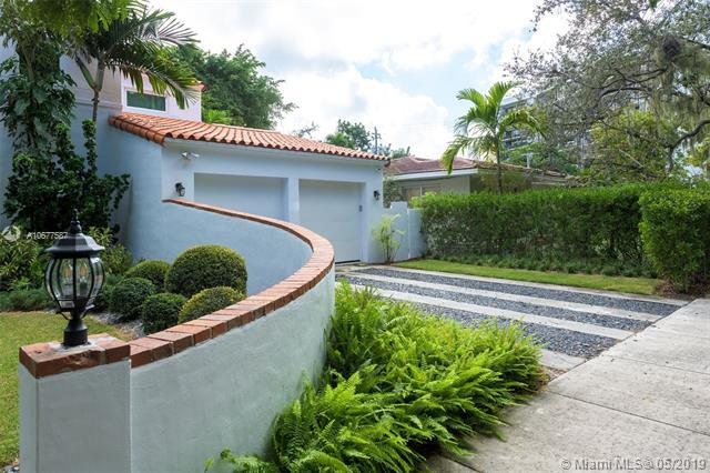 520 NE 58th St, Miami, FL 33137 (MLS #A10677587) :: Castelli Real Estate Services
