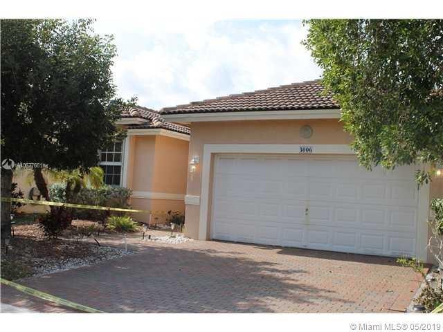 3006 SW 138th Ave, Miramar, FL 33027 (MLS #A10677661) :: Castelli Real Estate Services