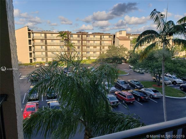 7840 NW 50th St #410, Lauderhill, FL 33351 (MLS #A10677908) :: RE/MAX Presidential Real Estate Group