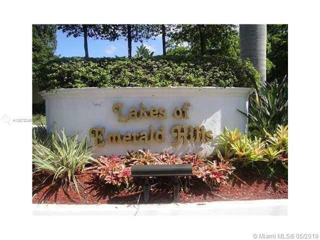 3907 Pinewood Ln #209, Hollywood, FL 33021 (MLS #A10678046) :: Castelli Real Estate Services